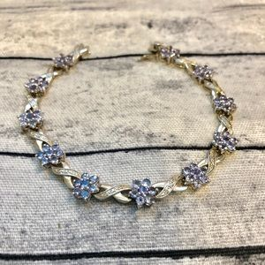 Jewelry - Stunning Periwinkle Blue .925 Silver Bracelet